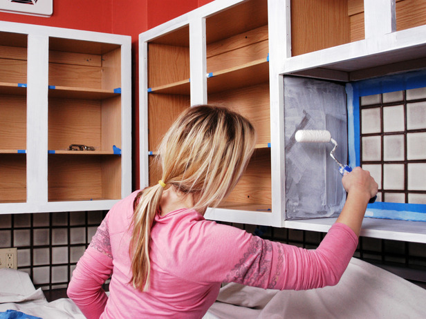Freshen Up A Kitchen By Painting The Cabinets